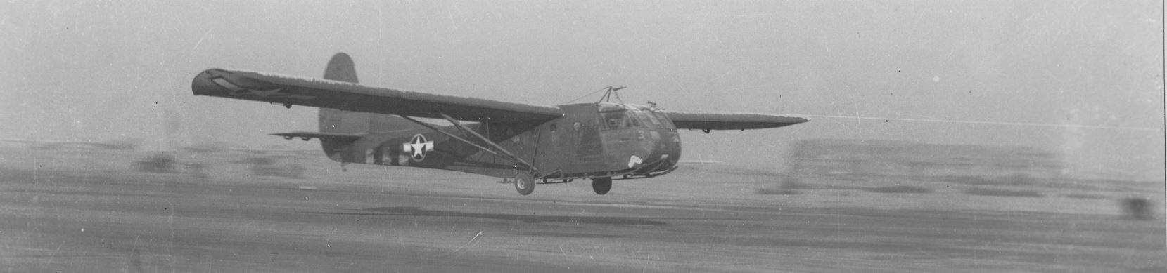 439th [TCG] [91stTCS]     glider taking off for Bastogne resupply 27 Dec 1944