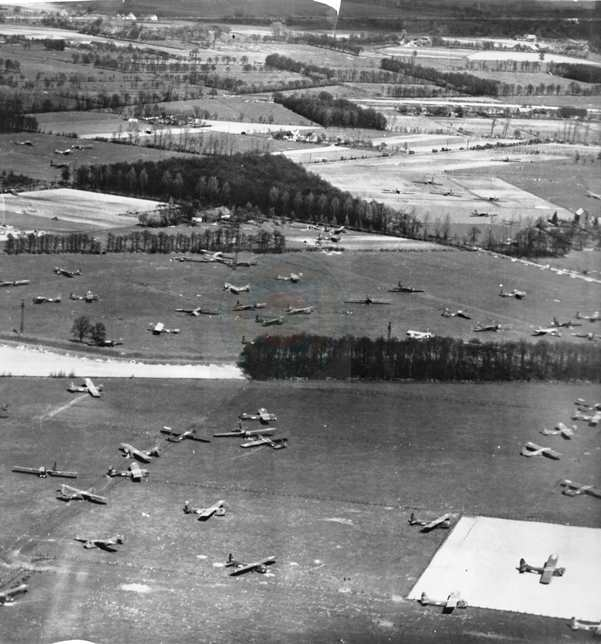 The great photo shows the east side of LZ-S north of Wesel, Germany.